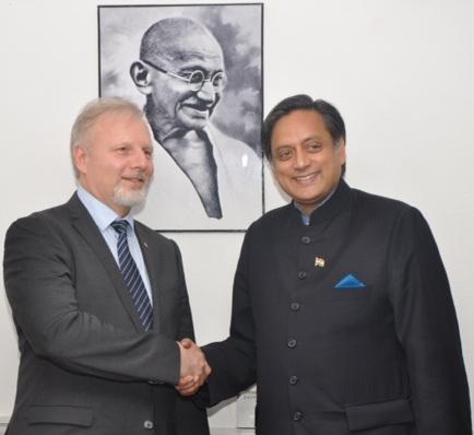 Avec le ministre blogueur indien