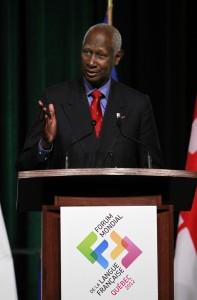Son-Excellence-monsieur-Abdou-Diouf-secrétaire-général-de-la-Francophonie