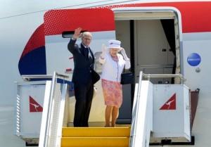 the_queen_australia_depart-300x209