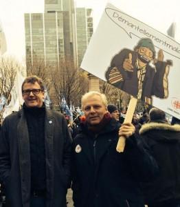 Ici avec Jacques Létourneau, président de la CSN et Thetfordois d'origine comme moi. Et une apparition de Sol !