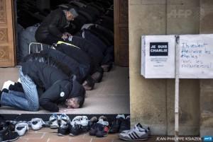 Vendredi dernier, des musulmans de Saint-Étienne, en France, ont affiché ''Je suis Charlie''' à l'entrée de leur Mosquée.